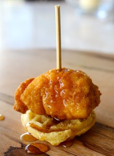Mini Chicken and Waffles - The Preppy Hostess - for brunch for Lex Graduation time will be pm Birthday Brunch, Easter Brunch, Jalapeno Poppers, Brunch Recipes, Appetizer Recipes, Chicken Appetizers, Party Recipes, Drink Recipes, Chicken N Waffles