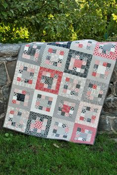 QUILT PATTERN...uses one jelly roll