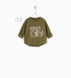 Discover the new ZARA collection online. The latest trends for Woman, Man, Kids and next season's ad campaigns. Vans T Shirt, T Shirts, Zara Kids, Zara United States, Cute Baby Clothes, Toddler Boys, Boy Fashion, Cute Babies, Baby Boy