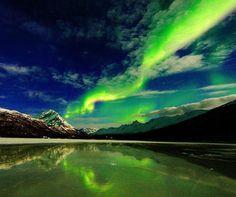 The Aurora Borealis over Laksvatn