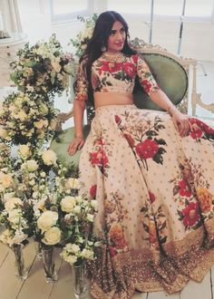 Check out all stunning designer lehenga designs inspirations to take from Bollywood celebrity real life lehengas with unique styles. Floral Lehenga, Bridal Lehenga, Sabhyasachi Lehenga, Anarkali, Lehenga Designs, Indian Attire, Indian Ethnic Wear, Indische Sarees, Look Short