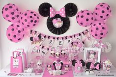 Minnie Minnie Mouse Birthday Decorations, Minnie Mouse Theme, Minnie Mouse Baby Shower, Mickey Party, Mickey Mouse Birthday, Mickey Minnie Mouse, 1st Birthday Girls, 2nd Birthday Parties, Fete Emma