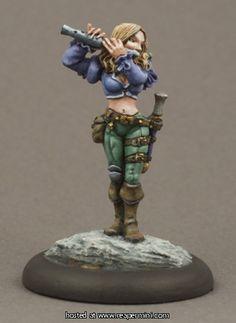 Reaper - 03080: Anwyn, Female Bard - Werner Klocke