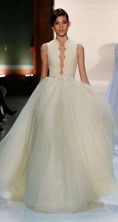 Sleeveless scalloped plunging neckline wedding dress design idea