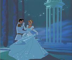 Cinderella fat frumos - prince charming cinderella disney, disney și walt d Cinderella Wallpaper, Cute Disney Wallpaper, Cinderella Art, Images Disney, Disney Pictures, Old Disney, Disney Art, Disney Cartoons, Disney Films