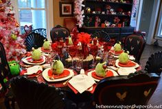 Between Naps on the Porch | A Valentine's Day Table Setting, Elegant and Whimsical | http://betweennapsontheporch.net