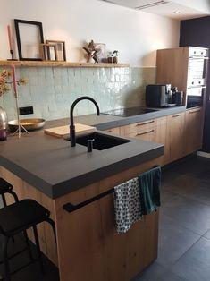 Kitchen Interior, New Kitchen, Kitchen Dining, Kitchen Decor, Kitchen Ideas, Casa Loft, Cuisines Design, Minimalist Kitchen, Kitchen Backsplash
