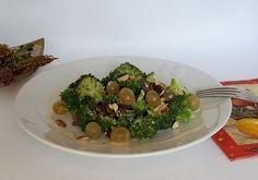 I#gialloblogs #ricetta #foodporn #natale2015 #enyoy nsalata di broccoli   In cucina con Mire