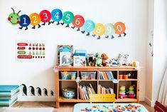 Classroom of kindergarten interior design | premium image by rawpixel.com / Teddy Rawpixel