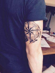 Tatouage rose des vents – cap sur un classique du genre Pink tattoo of the winds – cape on a classic of the genre Tattoo Arm Designs, Compass Tattoo Design, Mens Compass Tattoo, Rose Tattoos, Body Art Tattoos, Sleeve Tattoos, Tatoos, Tattoo Sleeves, Star Tattoos
