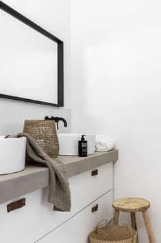 decor towels decor counter decor hobby lobby decor sets for bathroom decor bathroom decor decor dunelm vanity decor ideas Ikea Bathroom, Houzz Bathroom, 1950s Bathroom, Bathrooms, Home Interiors And Gifts, Tadelakt, New Toilet, Home Remodeling Diy, Vanity Decor