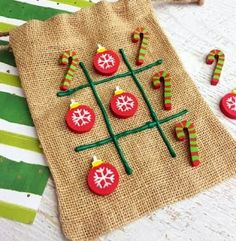 The Best Christmas Games for Kids That'll Occupy Them for Hours Jogos de Natal Atividades Crianças Tic Tac Toe Christmas Party Games For Kids, Holiday Party Games, Kids Party Games, Family Christmas, Fun Games, Christmas Holiday, Kids Christmas Gifts, Christmas Activites, Christmas Outfits