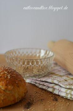 Ein Blog mit süßen und herzhaften Rezepten. Bei eatloveandlive findet ihr leckeres Essen, wunderschönen Orten und viele kreative Ideen!