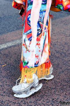 Japanese Fashion Designers, Metal Spring, Tokyo Fashion, Spring Shoes, Hat Making, Harajuku, Street Wear, Cover Up, Smiley Faces