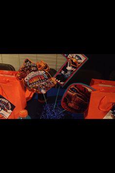 Centerpiece - Skylander Giants Birthday Party