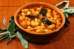 I fagioli all'uccelletto sono una ricetta tipica della città di Firenze e rappresentano uno dei contorni della cucina italiana più conosciuti nel mondo.