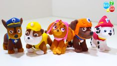 Learn how to make Paw Patrol's Chase Zuma Marshall Skye Rubble with Play Doh. Fondant Dog, Fondant Animals, Fondant Cake Toppers, Cupcake Cakes, Dog Cakes, Zuma Paw Patrol, Paw Patrol Party, Paw Patrol Birthday, Paw Patrol Cupcakes