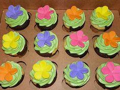Plumeria Cake Studio: Hula Girl Birthday Cookies and Hawaiian Flower Cupcakes