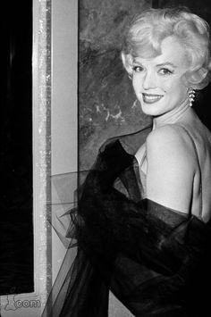"Marilyn Monroe on the premiere of ""Gigi"", 1958."
