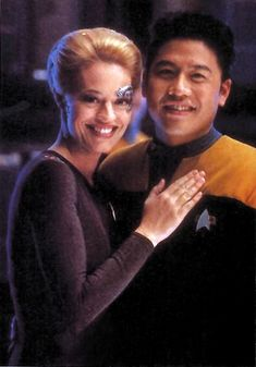 Star Trek Voyager - On set with Jeri Ryan (Seven of Nine), and Garrett Wang (Ensign Harry Kim). Sooo adorable