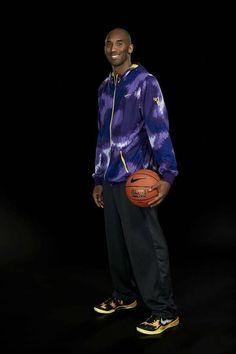 MEN'S XL NIKE HOODIE SWEATSHIRT JACKET KOBE PYTHON THERMA-FIT #NIKE #THERMAFITBASKETBALLHOODIE Kobe Bryant Family, Lakers Kobe Bryant, Dear Basketball, Basketball Players, Nba Players, Kobe Brayant, Kobe Mamba, Kobe Bryant Pictures, Kobe Bryant Black Mamba