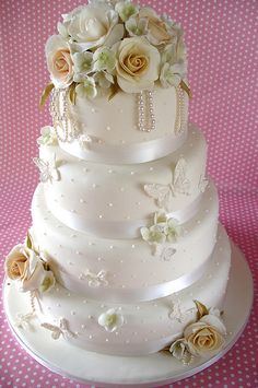 Vintage Wedding Cakes | Vintage Pearl wedding cake | Flickr - Photo Sharing!