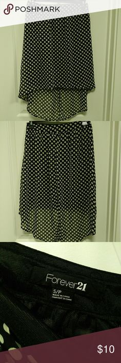 Forever 21 Polka Dot High/Low Skirt Like new. White and black polka dot skirt. Length is just above the knee in the front. Forever 21 Skirts High Low