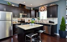 Contemporary Kitchen with Dark Cabinets & Light Granite Countertops | Photography for Georgie Awards Entries
