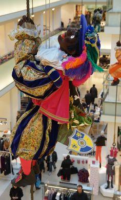 """Nostalgie - """"Vroegah"""" - Memories... ~De Bijenkorf, Amsterdam: Zwarte Piet~"""