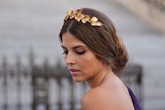 trendy_taste-look-outfit-street_style-vestido_boda-lila-violeta-purple-wedding_dress-smart-elegante-AD-adolfo_dominguez-golden_clutch-bolso_de_mano-dorado-tiara-golden_crown-corona-drapeado-draped-special_events-polaroid-4 by Trendy Taste, via Flickr