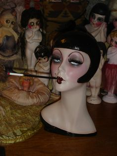 Classic Smoking Flapper Mannequin Head Hat Stand