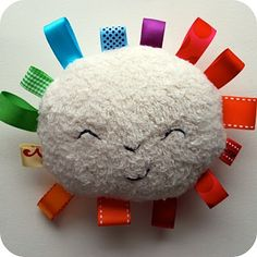 Rainbow Sunshine Plushy  How darling is this little sucker? A super easy project that you can whip off no problem. Promise. Just try. Free d...