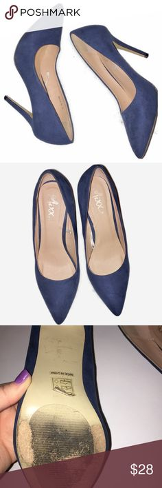 """Mixx it navy blue heels Pretty navy blue high heels from JC Penny. Wear shown on soles and some minor wear around heel (shown as best as I can in photos) size 8. Approximately 3.5"""" heel Mixx Shoes Heels"""