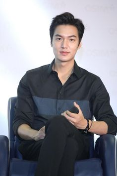 New hair styles men asian lee min ho 64 Ideas Jung So Min, Asian Actors, Korean Actors, Lee Min Ho Wallpaper Iphone, Legend Of Blue Sea, Lee Minh Ho, Lee Min Ho Photos, Asian Men Hairstyle, Hairstyles Men