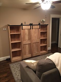 """Fantastic """"murphy bed ideas ikea guest rooms"""" detail is offered on our website. Take a look and you wont be sorry you did. Wood Barn Door, Diy Barn Door, Diy Door, Barn Doors, Best Murphy Bed, Murphy Bed Ikea, Furniture Projects, Home Projects, Weekend Projects"""