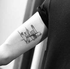 Circle Tattoos, Top Tattoos, Tattoos For Guys, Sleeve Tattoos, Fish Tattoos, Tatoos, New York Tattoo, Nyc Tattoo, City Tattoo