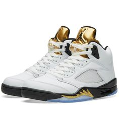 online retailer 914c1 2767a Jordan Kids Air Jordan 5 Retro Bg Basketball Shoe     Learn more by  visiting the image link.
