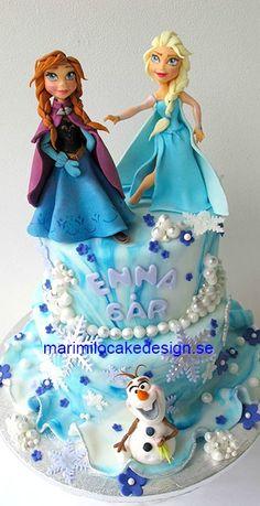 Frozen Cake Disney Frozen Cake, Frozen Theme Cake, Disney Cakes, Frozen Movie, Fondant Cakes, Cupcake Cakes, Torte Frozen, Anna Cake, Olaf Cake