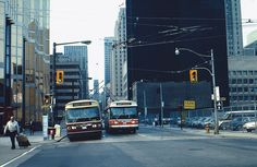 toronto trackless trolleys | Toronto TTC Trackless Trolleys on Bay at Front…