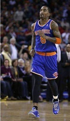 Knicks - 63  Warriors - 92