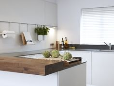 Read about how our design and installation services created a stunning contemporary kitchen and living space for a property in Sidmouth, South Devon. Best Kitchen Designs, Modern Kitchen Design, Interior Design Kitchen, Kitchen Cabinets Decor, Kitchen Decor Themes, Layout Design, White Kitchen Inspiration, Kitchen Remodel Before And After, Piece A Vivre