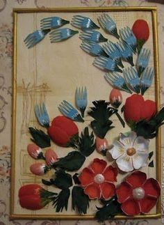 Haz cuadros y flores decorativos reciclando cucharas y tenedores de plástico
