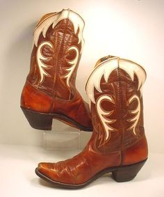 Olson Stelzer cowboy boots - I have these :) maybe have mine cut short like this!