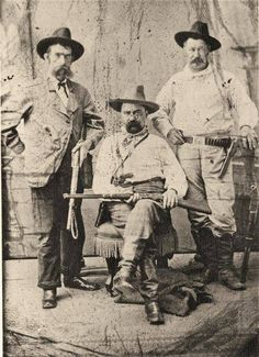 One of Allan Pinkerton's sons, William Pinkerton, sits flanked by Southern Express Co. railroad agents Pat Connell (at left) and Sam Finlety (at right). William and Robert took over the famous detective agency in 1884 after their father's death. – Courtesy Library of Congress via True West Magazine