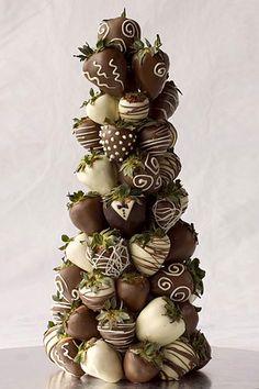 18 Creative Non-Traditional Wedding Dessert Ideas ❤ See more: http://www.weddingforward.com/non-traditional-wedding-dessert-ideas/ #weddings #dessert