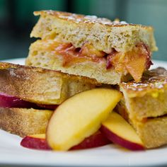 Peachy French Toast ( Top 10 toddler meals from SavvyMom)
