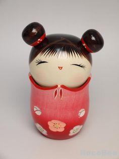 Muy dulce y pequeño kokeshi