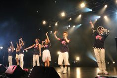 """Performing to a sell-out crowd at the *SCAPE, The Ground Theatre, Japanese group AAA (Attack All Around) sang their hearts out last Saturday night. Opening the concert with the upbeat """"Party It Up"""" from their 8th studio album """"Eighth Wonder"""" in their matching purple flora inspired outfits, AAA memberes Takahiro Nishijima, Misako Uno, Naoya Urata, …"""