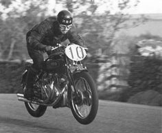 The 1950 Isle of Man Clubman TT-winning 1947 Vincent HRD Series B Rapide.