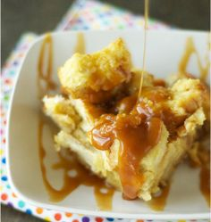 This recipe for Slow Cooker Bread Pudding with Salted Caramel Sauce is an easy bread pudding recipe. It only requires six simple ingredients...
